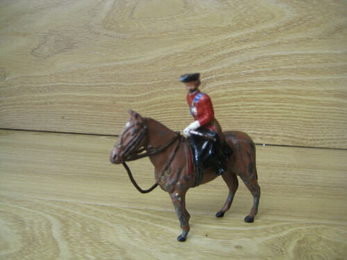 Toy Soldiers  Lot S19      Military Metal figure Female on Horseback side saddle
