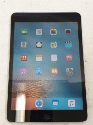 """APPLE IPAD MINI 16GB WI-FI 7.9"""" A1432 (1ST GENERATION) WITH CHARGER AND COVER"""