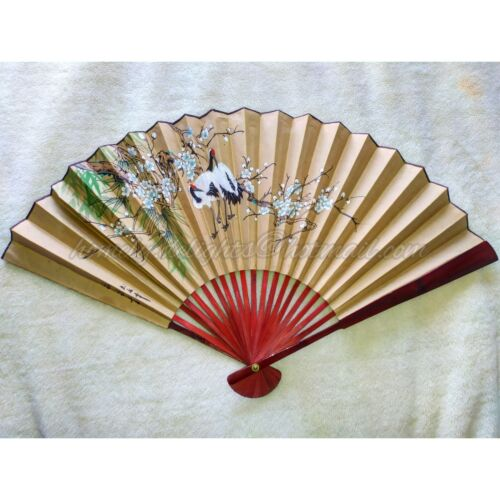 Beautiful Vintage Sensu/Ogi Japanese fan. Hand painted and signed by the Artist.