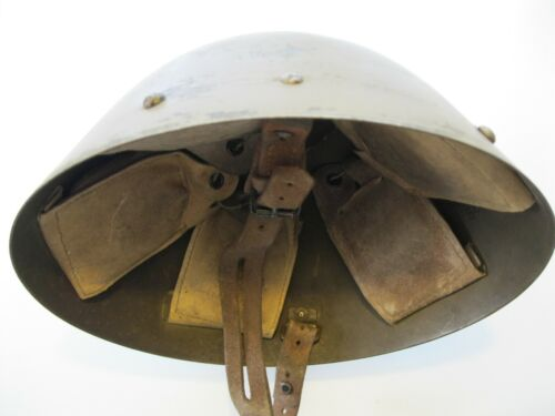 Original Czech VZ-32 WW2 Size Medium M-1932 Eggshell Steel Helmet Medium Hats & Helmets - 36046