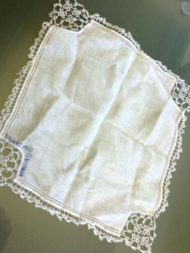 100% Fine Linen French Antique Handkerchief with Handmade Lace*c.1910