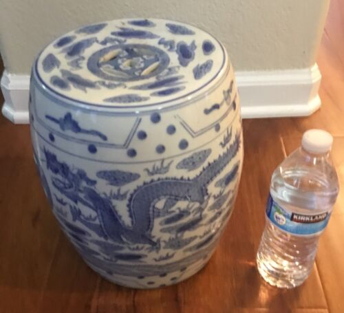"""Chinese blue and white barrel drum dragon small 10"""" intricate detail ornate rare"""