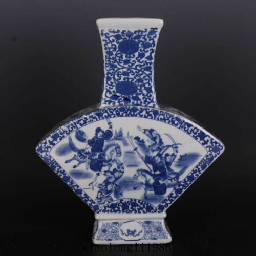 old China antique Qing Dynasty Qianlong Mark Blue and white Character story vase