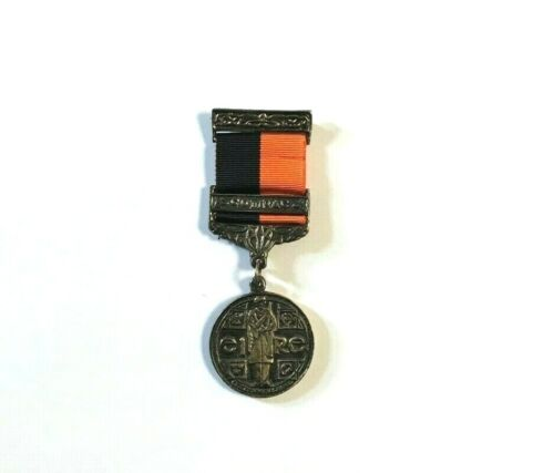 IRISH WAR OF INDEPENDENCE BLACK & TAN MEDAL 1917/1921