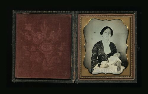1/6 Post Mortem Daguerreotype Recently Crying Mother Wearing Mourning Bands