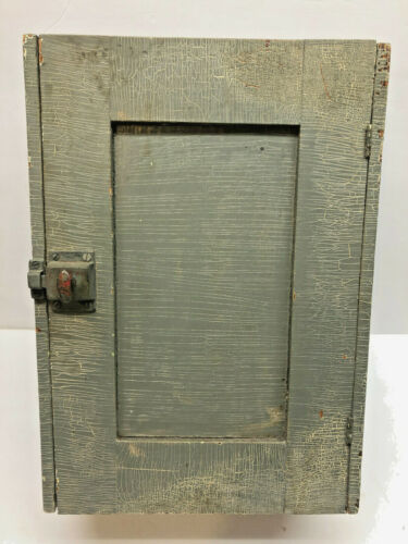 "17"" Old Antique Gray Paint Primitive Wood Wall Hanging Kitchen Shaker Cupboard"