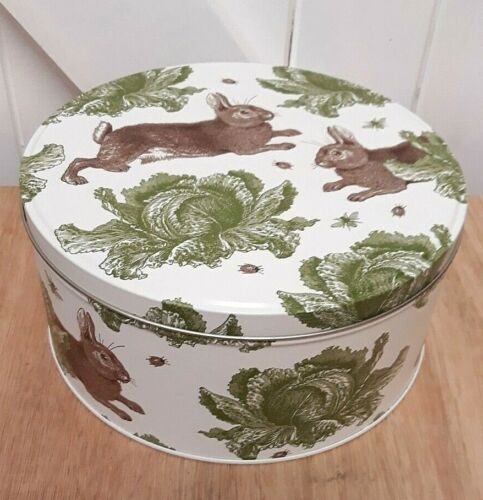 Thornback and Peel Rabbit And Cabbage Small Round Cake Tin