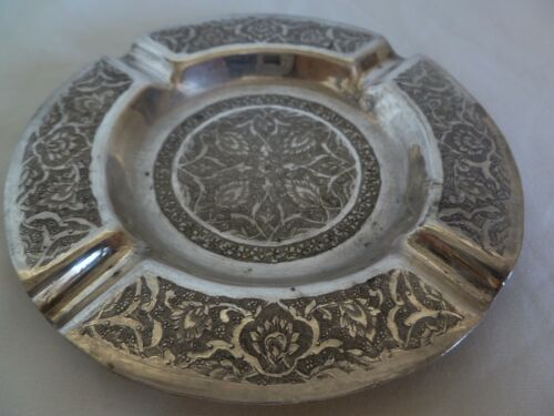 OLD VINTAGE PERSIAN  LOW SILVER !!!!!!!!!!! HAND CHASED ASHTRAY