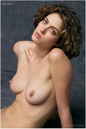 Helena 14-0083 Nude Portrait Hand-Signed 8.5x11 Photo by Craig Morey for Playboy