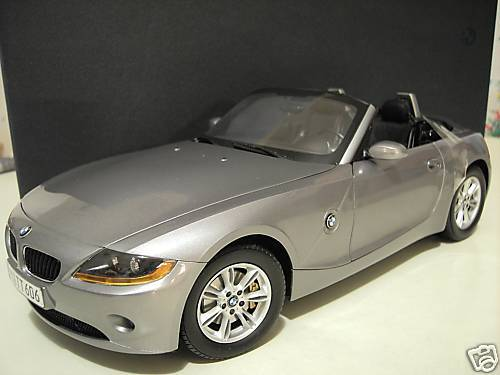 BMW Z4 cabriolet convertible gris 1/12 KYOSHO 80430144061 voiture miniature coll