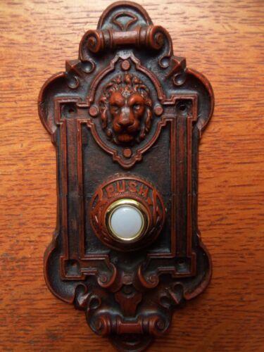 """New Victorian """"Lion"""" Electric Lighted Doorbell Button"""