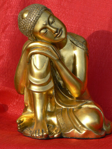 Modern Resting Buddha Statue - Gold finish - Magnesium Composite Resin