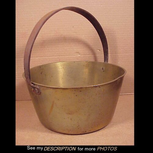 Circa Early 1800s Heavy 7-1/2Lbs Cast Brass Pail w/ Forged Iron Handle