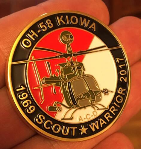 US Army OH-58 Commemorative CoinOther Militaria - 135