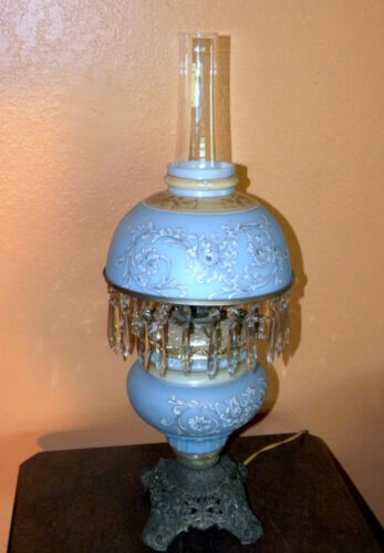 ANTIQUE VICTORIAN CONVERTED OIL LAMP HAND PAINTED SWIRL DESIGN HANGING CRYSTALS