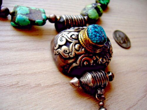 ANTIQUE TIBETAN SILVER GOLD AND TURQUOISE NECKLACE