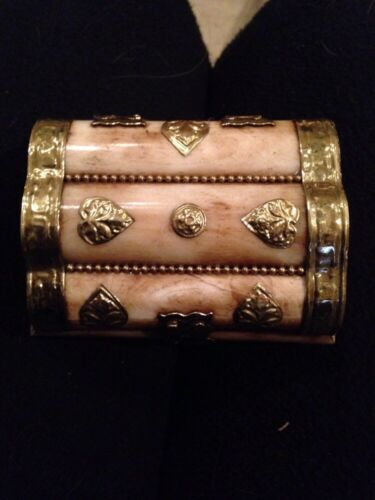 "ANTIQUE Middle East CARVED CAMEL BONE & BRASS JEWELRY TRINKET BOX 4""x3"""