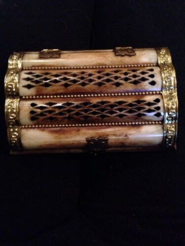 ANTIQUE Middle East CARVED CAMEL BONE & BRASS JEWELRY TRINKET BOX 6''