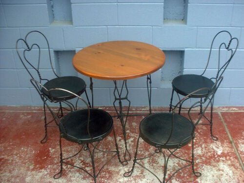 Antique iron twisted heart ice cream table and 4 chairs