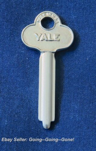 RARE ORIGINAL ANTIQUE YALE #86 #186 PADLOCK KEY BLANKS Padlocks #88 #H853 #863