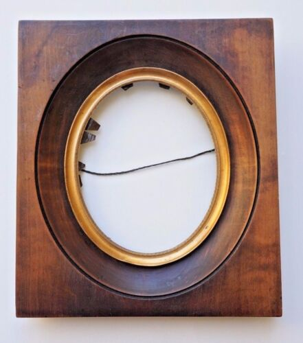 High Quality 19th C Small Oval Picture Frame Wood w/ Gilded Metal Liner