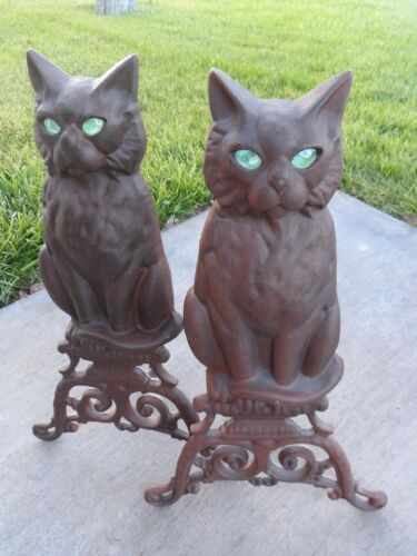 vintage cast iron cats