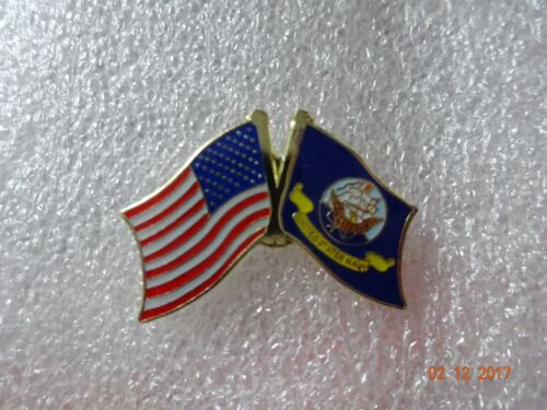 United States Navy flag  /  American flag on the side  Lapel pin New!!Navy - 66533