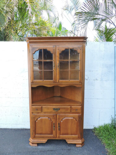Vintage Solid Maple Large Corner Fitting Display Cabinet by Temple Stuart 7739