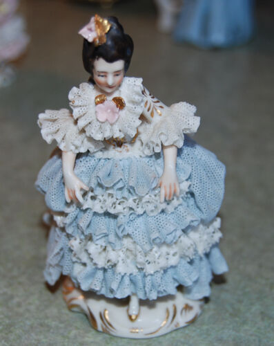 """Vintage Germany Marked Blue Dresden Lace Lady Walking 4"""" Tall"""