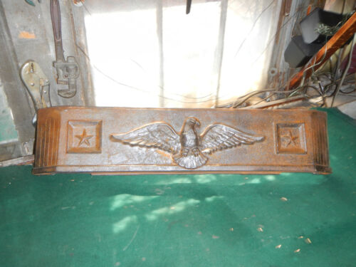 ANTIQUE LARGE Eagle Star America CAST IRON FIREPLACE  INSERT FLOOR BASE FENDER