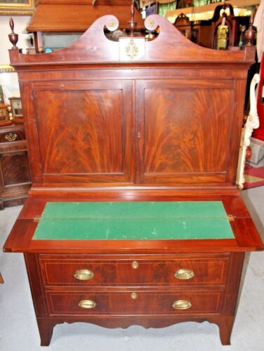 Early 1800's American Hepplewhite Fall-Front Secretary with Hutch
