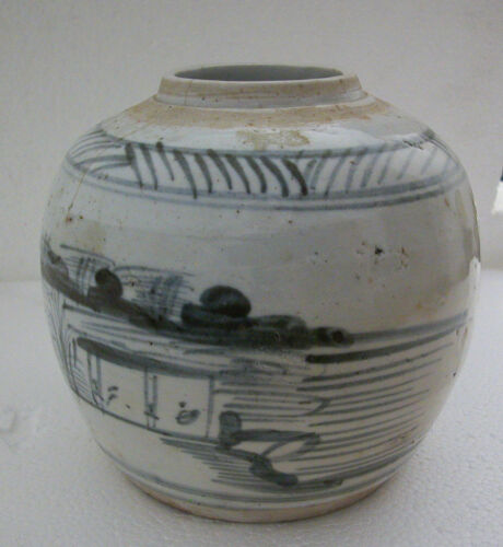CHINESE ANTIQUE PORCELAIN HAND PAINTED ALL AROUND AND SIGNED BIG GINGER JAR
