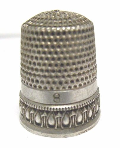 ANTIQUE STERLING SILVER THIMBLE SIZE 8 RAISED BORDER   6/22/17 #40 SYBOLL