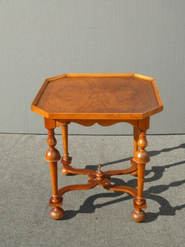 Vintage BAKER Furniture French Provincial Style Side Table End Table