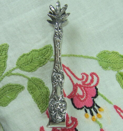 NORWEGIAN/NORWAY TH MARTHINSEN EPNS 40GR SP 'WILD ROSE' SUGAR TONGS C1960'S