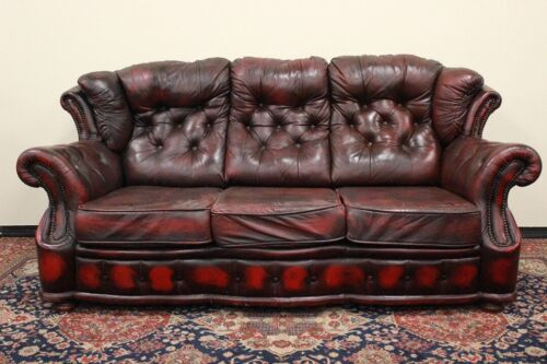 Bel divano 3 posti chesterfield chester bergere originale UK in pelle bordeaux