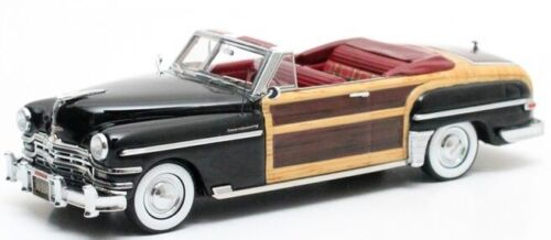 MTX20303-042 - Voiture cabriolet de luxe CHRYSLER Town and Country de 1949 coule