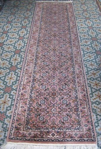 """31""""x 10ft WOOL HANDKNOTTED RUG SOFT PINK GREY, OFF WHITE DELICATE DESIGN BORDERS"""