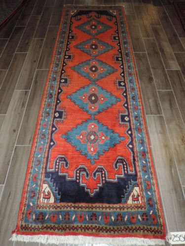 3x10ft. Handmade Semi Antique Viss Wool Runner