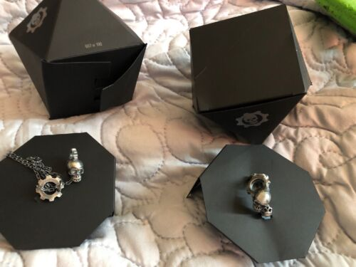 New Gears Of War Limited Edition Ring & Necklace 925 37/100 Freepost Acc39