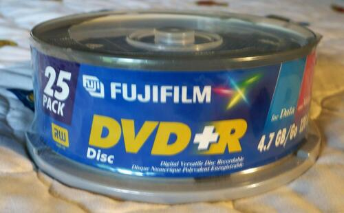 Fuji Film 25 Pack DVD 4.7 gb/go 120 Minutes DVD-R New And Sealed