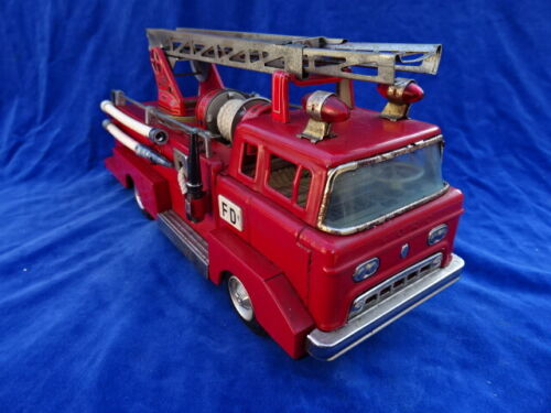 RARE & TOP ! BANDAI - CAMION POMPIER Firefighter truck - FORD - TIN TOY JAPAN