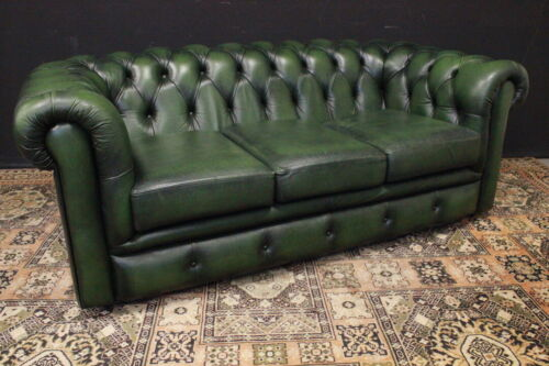 Divano Chesterfield / Chester / pelle verde bottiglia / green leather /tre posti