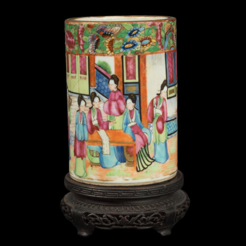 China 19. Jh A Chinese Canton Famille Rose Porcelain Brush Pot - Cinese Chinois