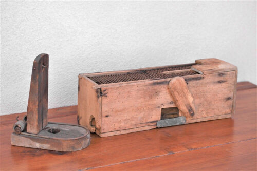 19th Century 2 Handmade Wood & Metal Live Mouse Trap Cage & Penn. Rat Trappes