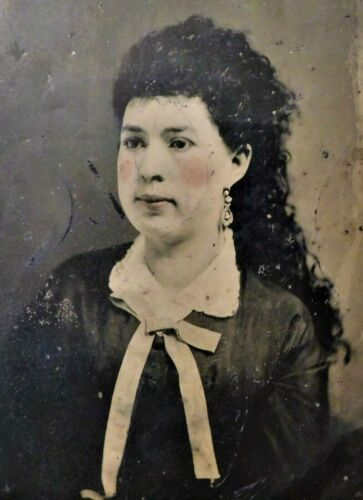 """ANTIQUE 1860's-1880's COLORIZED 6.5"""" x 8.5"""" TINTYPE PHOTOGRAPH - LOVELY WOMAN"""