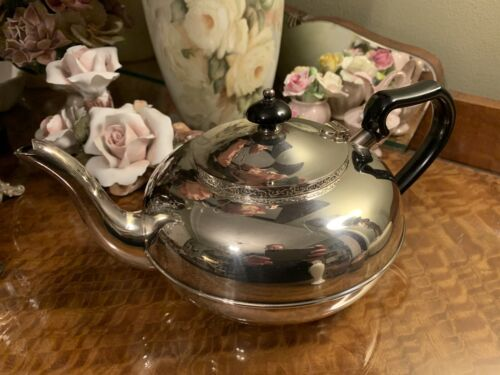 Lovely Vintage Silver Plated Teapot Albion Plate Excellent Condition