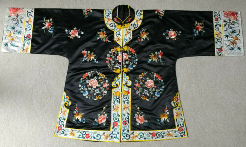 VINTAGE ANTIQUE BLACK  CHINESE SILK EMBROIDERED  JACKET ROBE