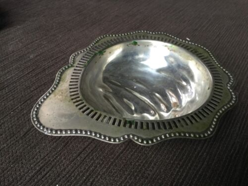 Antique 13cm diameter 3.5cm High footed SILVERPLATED bowl VGUC made in England