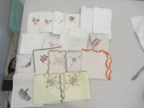 20 Vintage Table Napkin Serviettes Linen cotton Embroidered crochet edge craft D